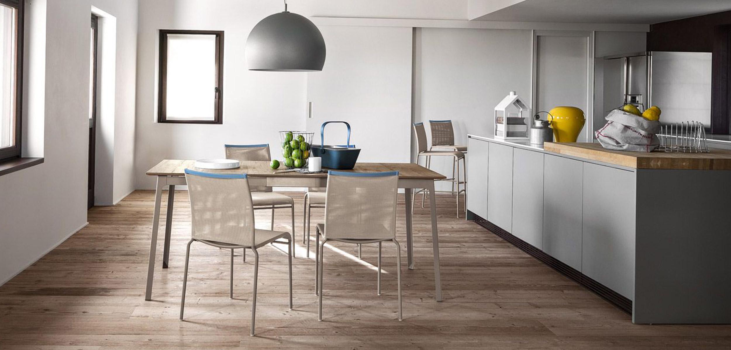 Lenzi arredamenti sedie rivenditore autorizzato for Sedie cucina on line